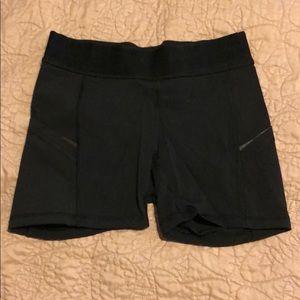 Lululemon black compression shorts